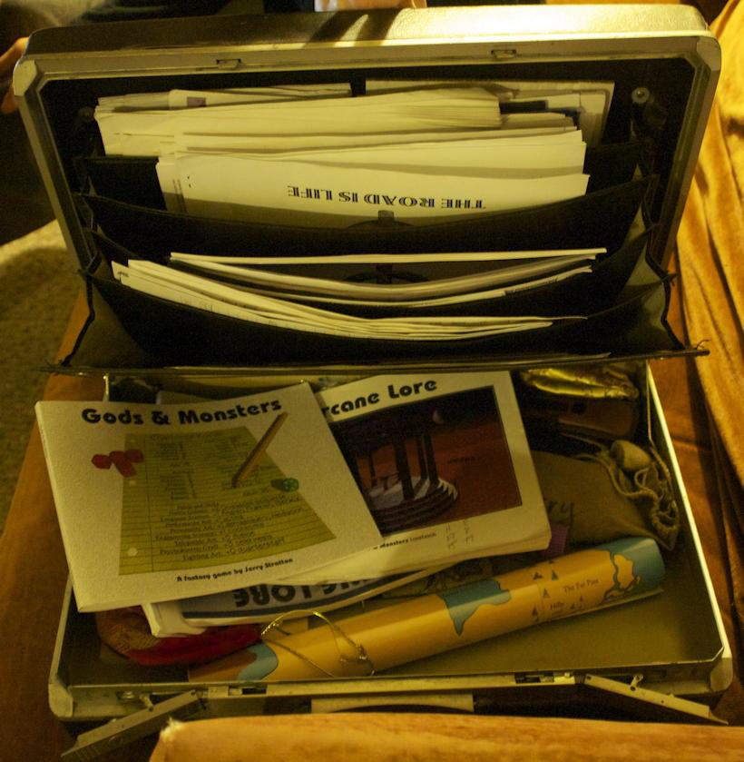 Gaming briefcase