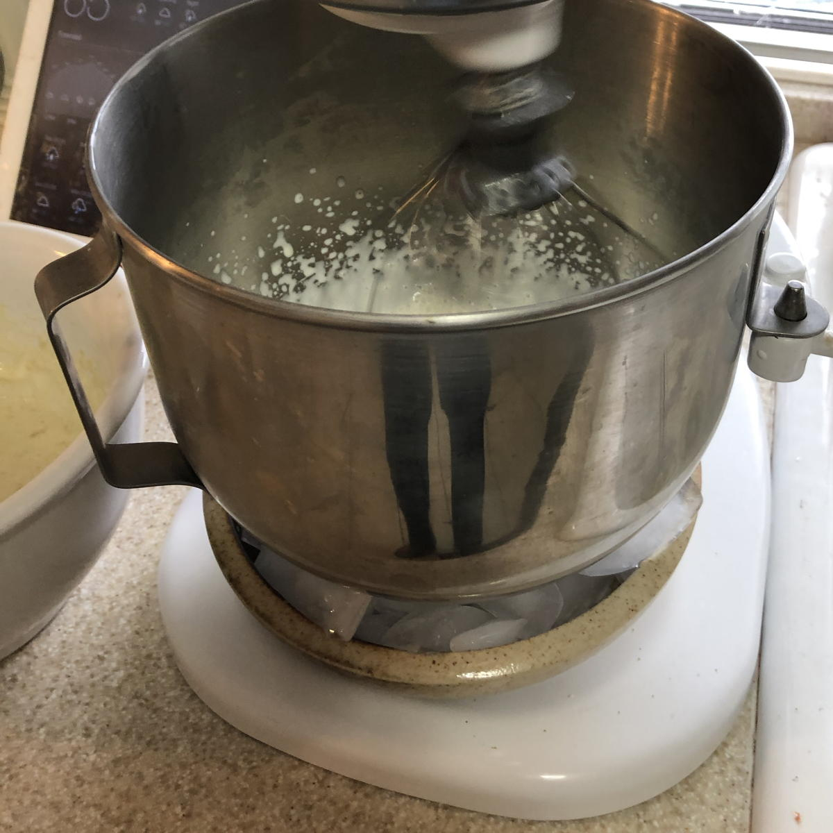 KitchenAid with ice bowl for whipping cream