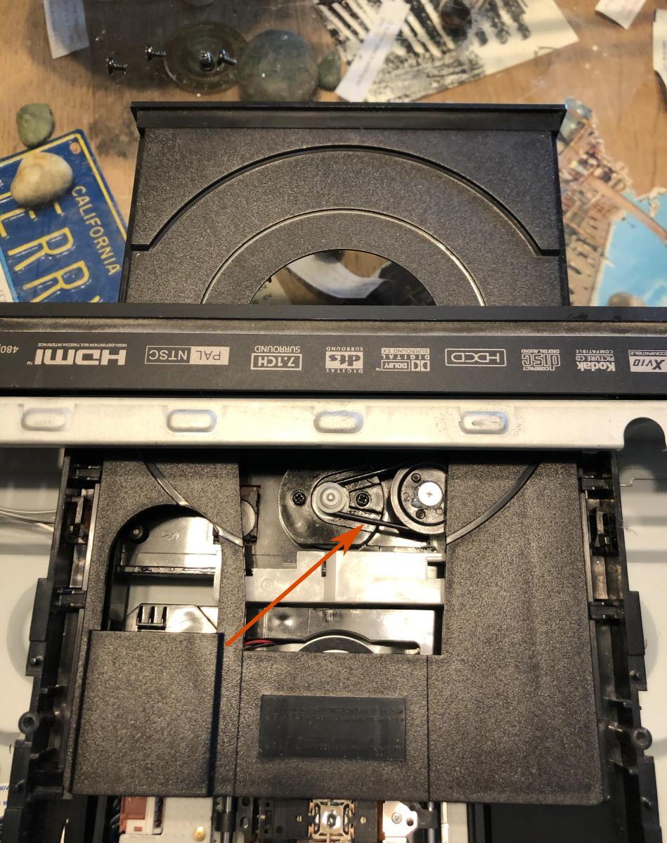 Oppo drive tray belt