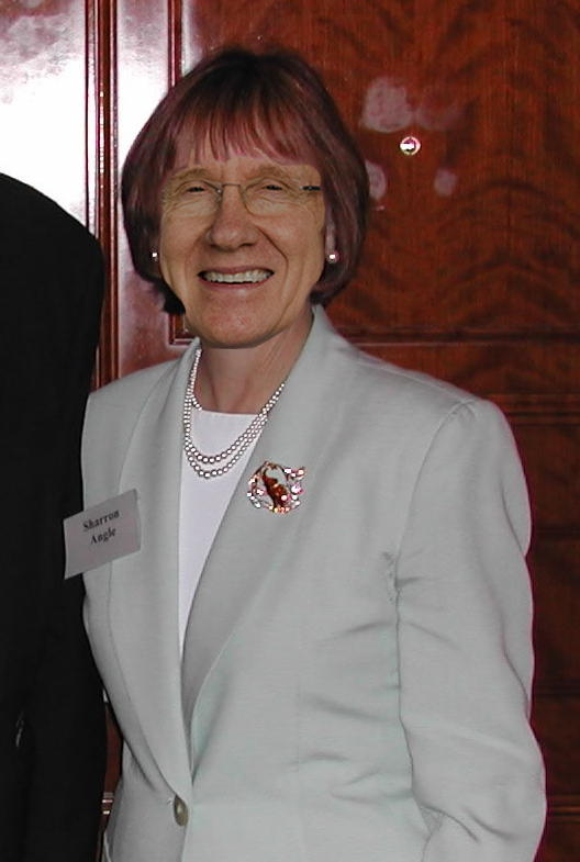 Harry Reid dresses as Sharron Angle