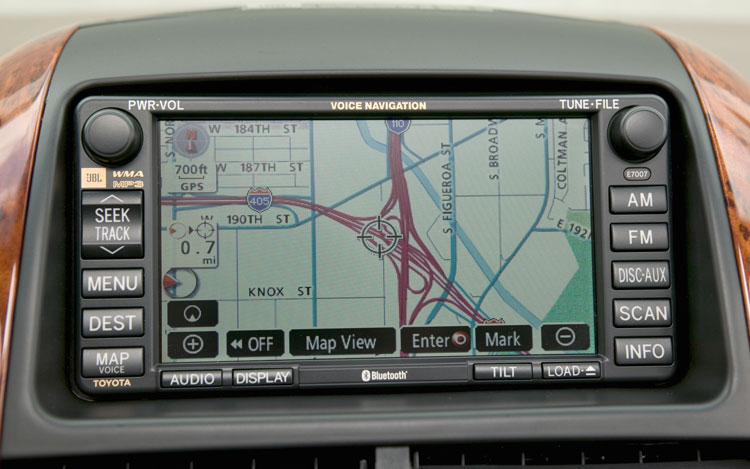 Toyota 4Runner navigation unit