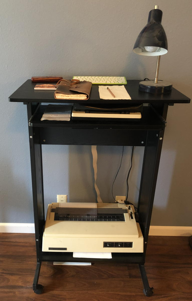 Model 100 workstation
